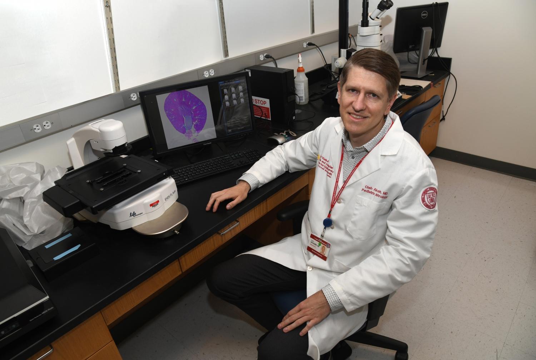 Dr. Oleh Akchurin in lab