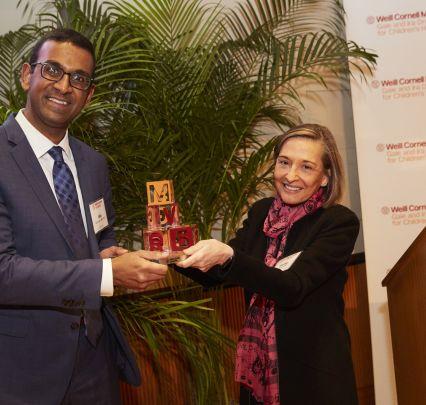 Drukier Prize recipient Dr. Vijay Sankaran with Dr. Virginia Pascual.