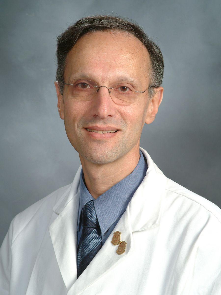 Dr. Eduardo Perelstein